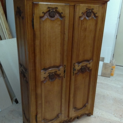 lingerie , armoire coquilles